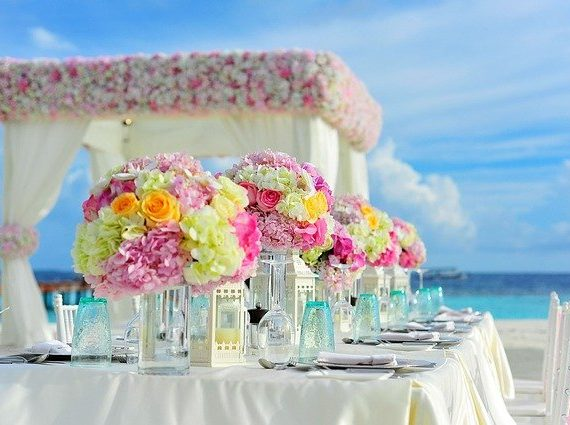 Finding the best decor team for your wedding